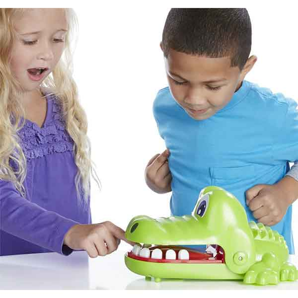 ddc88fb0e8 Cocco Dentista Hasbro