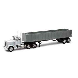New Ray Peterbilt Model 379 Scala 1:32 | Massa Giocattoli