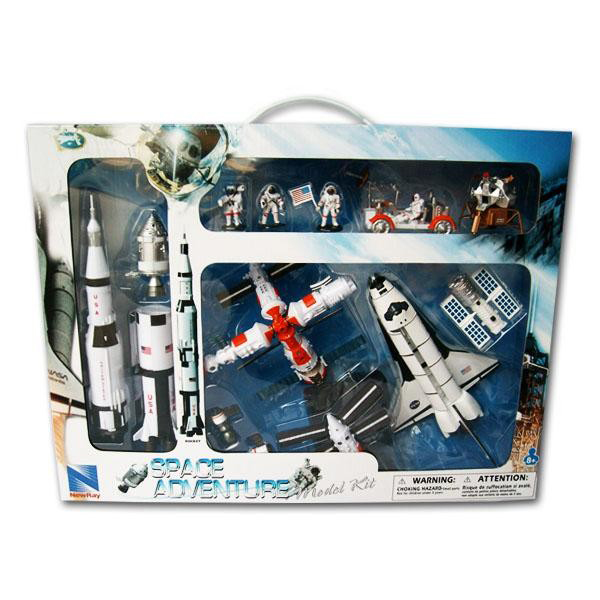 New Ray Space Adventure Model Kit